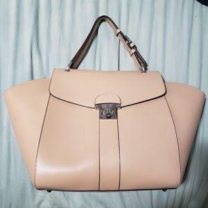 Big luggage purse. Victoria Napoli